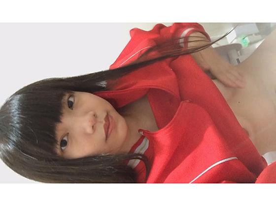 【同人動画】部活帰りの妹にカラオケトイレで自撮りオナさせる変態兄妹のトップ画像